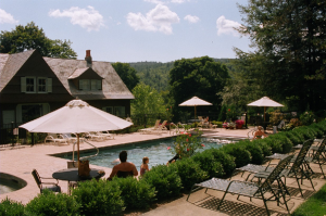 600-Castle-Hill-Resort-pool