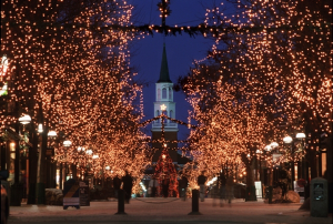 600-Church-Street-Marketplace-winter-lights