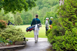 600-Lake-Morey-golfers
