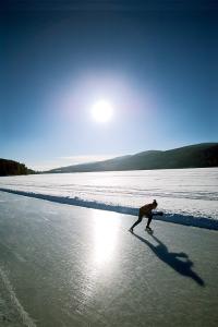 600-Lake-Morey-skater