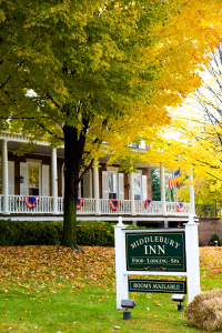 600-Middlebury-Inn-Fall-Front-Sign