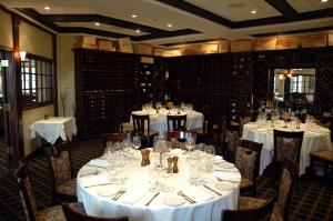 600-Okemo-Mountain-Resort-Coleman-Brook-restaurant