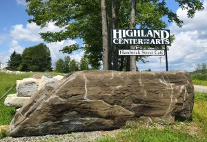 Highland-gallery-Center-for-the-Arts-Sign-7-29-19